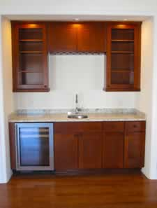 MHBA Sep 2016 Home of the Month - Wet Bar